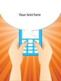 Digitare uno SMS Fotografia Stock