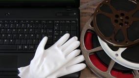 Digitizing starego 16 mm film z laptopem zdjęcie wideo