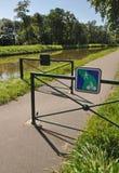 Digoin运河和Voies Verte周期方式 库存照片