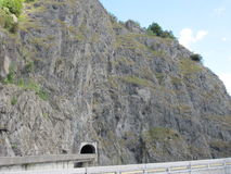 Digue, Transfagarasan-Vidraru, Roumanie Photo stock