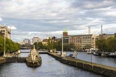 Digues sur la rivière de fête à Berlin, Allemagne Images stock