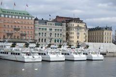 Dijk in cental deel van Stockholm stock afbeeldingen