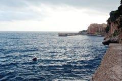 Dijk op de Franse kust royalty-vrije stock afbeelding