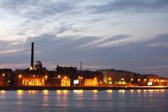 Dijk van de Rivier Neva Stock Foto's