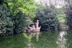 Dijk van de Rivier Yangtze. stock afbeeldingen