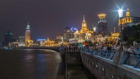 Dijk van Shanghai in nacht stock foto's