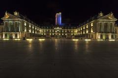 Dijon bij nacht royalty-vrije stock afbeeldingen