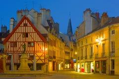 Dijon nachts lizenzfreies stockfoto