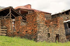 Diklodorp, Tusheti-gebied (Georgië) stock afbeeldingen
