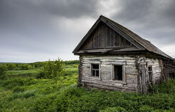 Dilapidated old village house in Russia Royalty Free Stock Photography