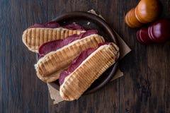 Dilli Kasarli/Rinderzunge-Sandwich Lizenzfreie Stockfotografie