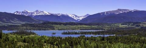 Dillon Reservoir i Colorado Arkivfoton