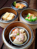 Dim sum in bamboo steamer Royalty Free Stock Photography