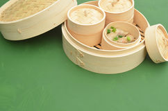 Dim sum bamboo steamer Stock Photos