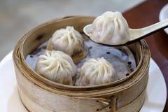 Dim sum chinês - Xiaolongbao Fotos de Stock Royalty Free