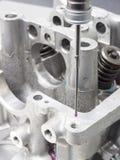 Dimensión principal automotriz del cilindro de la inspección imagen de archivo libre de regalías