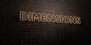 DIMENSIONS - enseigne au néon réaliste sur le fond de mur de briques - image courante gratuite de redevance rendue par 3D Photo libre de droits