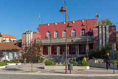 DIMITROVGRAD, SERVIË -16 APRIL 2016: Centrum van stad van Dimitrovgrad, Pirot-gebied, Servië Royalty-vrije Stock Afbeelding