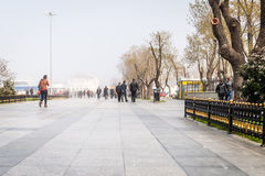 Dimma im Istanbul, Kadikoy, Turkiet Arkivbilder