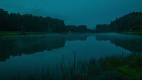 dimmalake över san för natt för fjärdbroca francisco tid arkivfilmer