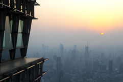dimmashanghai horisont Royaltyfri Bild