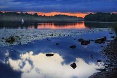 Dimmig flod för afton Fotografering för Bildbyråer