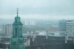 Dimmiga Misty London Skyline Arkivfoton