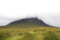 dimmigt berg Royaltyfria Bilder