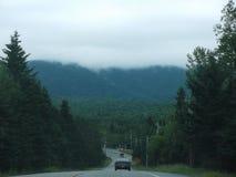 Dimmigt berg för morgon Arkivbilder