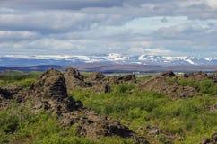 Dimmuborgir - una città della roccia vicino al lago Myvatn in Icela nordico Fotografie Stock