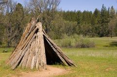 Dimora della tribù di Miwok fotografie stock libere da diritti
