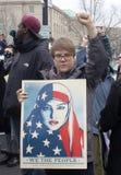 Dimostranti fuori dell'inaugurazione 2017 del ` s di Donald Trump Fotografie Stock Libere da Diritti