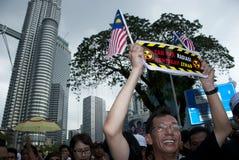 Dimostrazione davanti alla torre gemella di Petronas Fotografia Stock