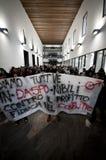 Dimostrazione di allievo a Milano il 22 dicembre 2010 Immagine Stock