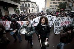 Dimostrazione di allievo a Milano il 22 dicembre 2010 Fotografia Stock Libera da Diritti