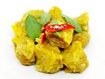 Dimsum cocido al vapor chino de la bola de masa hervida con el chile Imagenes de archivo
