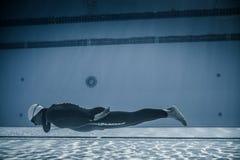 Dinâmico sem desempenho das aletas (DNF) do Underwater Fotografia de Stock Royalty Free