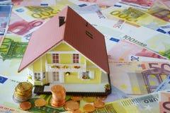 Dina egna hem som ska finansieras Arkivbild