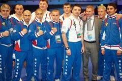 Dinamo莫斯科在拳击比赛以后的拳击小组 库存照片