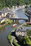 Dinan auf dem Rance, Bretagne, Frankreich Lizenzfreie Stockfotos