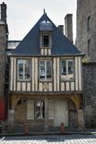 Dinan, Brittany May 7. 2013: 'War hier geborener Auguste Pavie, exp stockbilder