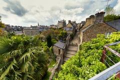 Dinan i Brittany, nordvästliga Frankrike arkivbild