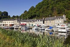Dinan Port på Rance River, Breton Royaltyfria Foton