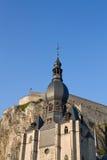 dinant教会的城堡 图库摄影