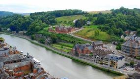Dinant und der Fluss Maas, Belgien Lizenzfreies Stockfoto