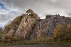 Dinas skała przy Pontneddfechan Zdjęcie Royalty Free