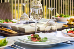 Diner bij het restaurant vaatwerk Royalty-vrije Stock Fotografie