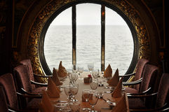 Diner de bateau de croisière Photographie stock libre de droits