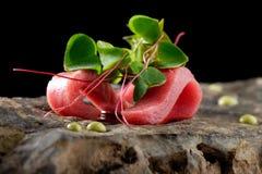 Diner fin, sashimi de thon et wasabi sauce Image stock