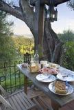 Diner op een terras Royalty-vrije Stock Afbeeldingen